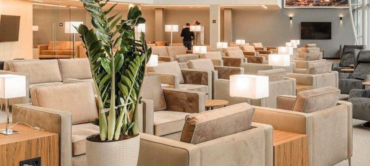 Дивани Delavega A16 та крісла Delavega C16 в аеропорту Бориспіль
